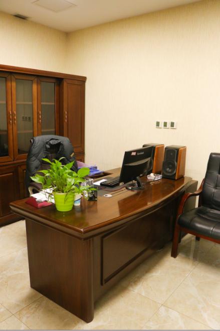 川禾川调总经理办公室